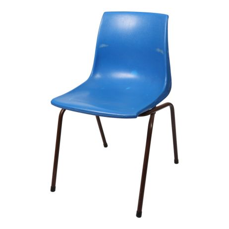 blue-plastic-stackable-chair-1.jpg
